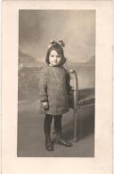 - Enfant Photo Carte Petite Fille Sage  Neuve Excellent état - Portraits