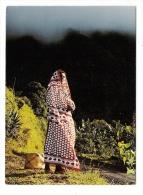 ARCHIPEL  DES  COMORES  /  ANJOUAN  /  EN  MONTAGNE  ( Femme Comorienne ) /  Edit.  OPTICAM  N° 78 - Comoros