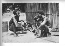 Fameux Ce Bangui (sève De Palmier ) Après Le Poids Du Jour - Postales