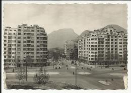 GRENOBLE , Place Gustave Rivet - Grenoble