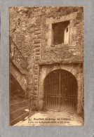 39717     Belgio,    Bouillon  -  Interieur  Du  Chateau -  Entree  Des  Souterrains - Grille  En  Fer  Forge,  NV - Bouillon