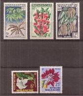 Madagascar     Y/T   332 / 334     +   336 / 335    (X+0) - Madagascar (1960-...)