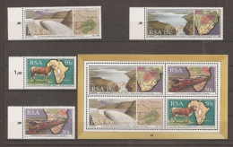 AFRICA DEL SUR 1990 - Yvert #706/09+H24 - MNH ** - Hojas Bloque