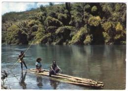 MADAGASCAR - PIROGUE DE BAMBOUS - Madagascar