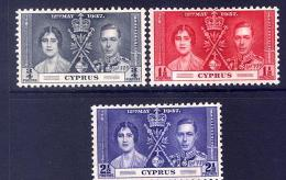 Cyprus 140-2   *  Coronation - Cyprus (...-1960)