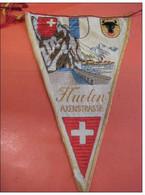 13     Drapeaux Suisses   Anciens - Ecussons Tissu