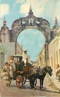 Mai13 913 : Mexico  -  Merida  -  Yucatan  -  Arco De San Juan - Mexico