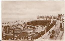 Kent Postcard - Pavilion And Fort Crescent, Cliftonville   A4655 - England