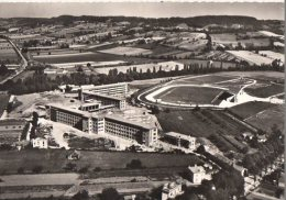 47 VILLENEUVE SUR LOT   LE STADE DE RUGBY  LE COLLEGE - Villeneuve Sur Lot