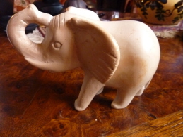 ELEPHANT PIERRE MARBRE? - Other Collections