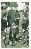 Postcard Highland Games 1922 Dancers & Veteran Scotland Scotsman - Regional Games