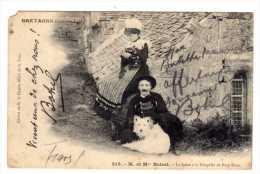 M Et Mme Botrel - A La Chapelle De Port Blanc (dedicace Et Courrier  De La Main De Botrel A Mme Babette Manreil) - Bretagne