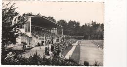 CPSM CHERBOURG LES TRIBUNES DU STADE MUNICIPAL 1965 ANIMEE - Cherbourg