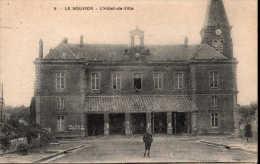 Le Nouvion L'Hôtel-de-ville - Nouvion