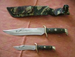 2 Couteaux De Chasse - Armes Blanches