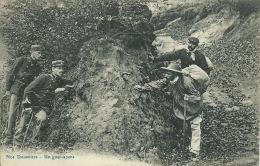 Nos Douaniers à La Frontière ... - Un Guet-apens ... Au Détour D'un Sentier -1910 ( Voir Verso ) - Douane