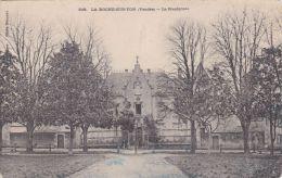 Cp , 85 , LA ROCHE-SUR-YON , Le Presbytère - La Roche Sur Yon
