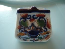 Vide Poche En Porcelaine Anglaise  Decor Imari - Céramiques