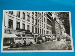 """69) Lyon - N° 412 - Quai De La Pècherie  """" Bureaux Des Autos-cars -  Année 1940 - EDIT - La Cigogne - Lyon"""