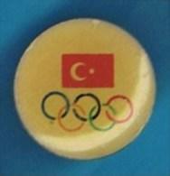 PIN´S.  ANNEAUX OLYMPIQUES  DRAPEAU TURC - Olympische Spiele