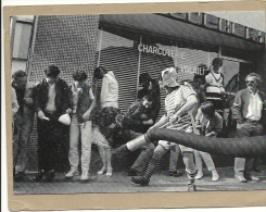 56  GUEMENE  SUR  SCORFF    CAVALCADE  1982  CANON A  CONFETTIS - Guemene Sur Scorff