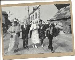 56  GUEMENE  SUR  SCORFF    CAVALCADE  1984  LE  MARIAGE  DU  SIECLE - Guemene Sur Scorff