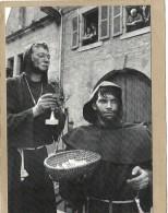 56  GUEMENE  SUR  SCORFF    CAVALCADE  1984  PARODIE  RELIGIEUSE - Guemene Sur Scorff