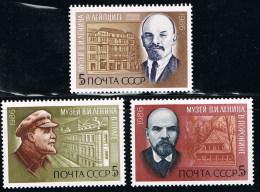 1986 - Y-T N° 5298 à 5300 °° -   Ann. De La Naissance De Lénine - 1923-1991 URSS