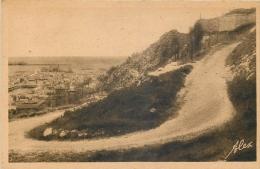 50 CHERBOURG La Route Et Le Fort Du Roule - Cherbourg