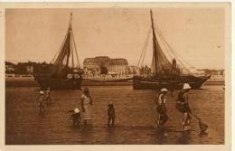 CP, 44, La Baule, Barques De Pêche à Marée Basse, Voyagé - La Baule-Escoublac