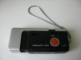 Petit Appareil Argentique  Agfamatic 1008 Telepocket Senso Années 1975 Env - Appareils Photo