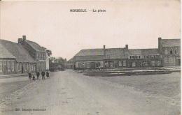 HERZEELE LA PLACE (ECOLIERS) - France
