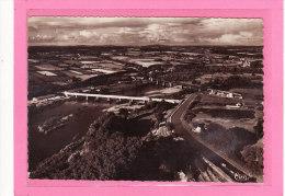 DIOU (03) / CPSM Gd Format  / Vue  Générale Aérienne Et Les Deux Ponts Sur La Loire - France
