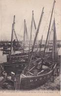 DOUARNENEZ Un Coin Du Grand Port à Marée Basse - Douarnenez
