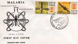 """Pakistan: 1962 Document Carte  """"lutte Contre Le Paludisme, La Malaria"""" Cachet Lahore - Disease"""