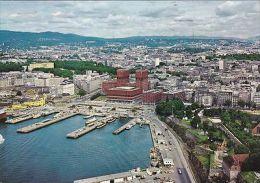 NORWAY - OSLO - VIEW OF TOWN HALL AND HARBOUR - Norwegen