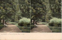 03. Vichy. Vue Au Nouveau Parc - Cartes Stéréoscopiques