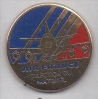 Beau Pin´s En Zamac , Aviation Avion , Compagnie Air France , Direction Du Matériel - Avions