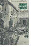 CPA -  DOLE  - Crue Du Doubs Janvier 1910 - Intérieur De Cour - - Dole