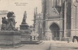 57 - Metz - Monument Fabert - Fabertdenkmal (animée, Peu Vue...voir Dos) - Metz