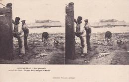 CONCARNEAU Vue Générale De La Ville Close  Toilette D'une Barque De Pêche - Concarneau