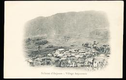 COMORES ANJOUAN / Un Village / - Comores