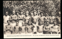 ILES SALOMON DIVERS / Un Groupe D'indigènes De Banoni Récemment Baptisés / - Salomon