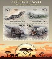 tg13219a Togo 2013 Fauna Crocodile s/s Lion Elephant Giraffes Rhinoceros Flamingo Bird Deer