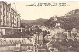 1178--ROYAT--TERRASSE DU ROYAL PALACE ET VUE SUR LA PLACE ALLARD--ECRITE LE 3/9/1924-- - Royat