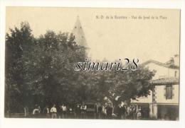NOTRE-DAME-DE-LA-ROUVIERE - VUE DU FOND DE LA PLACE - Notre-Dame-de-la-Rouvière