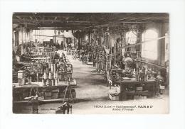 CPA : 42 - Loire - Feurs : Etablissements F. Vulin & Cie : Atelier Usinage : Machines - Peu Commune - Feurs