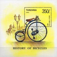 Transport Fahrrad 1992 Tanzania Block 209 ** 3€ Rad Aus England Mit Kette 1887 Blocchi Bf Bloc Bicycle Sheet Of Tanzanie - Tanzania (1964-...)