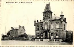 BELGIQUE - HAINAUT - LA LOUVIERE - BRACQUEGNIES - Place Et Maison Communale. - La Louvière