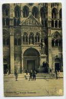 Italie--FERRARA--Entrata Cattedrale (animée,vélo) N° 10568  éd ????? - Ferrara